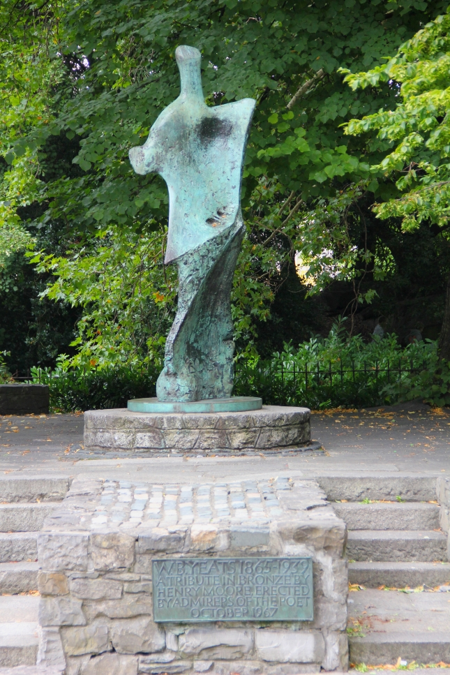 Dublin_St_Stephens_Green_William_Butler_Yeats_Memorial_02
